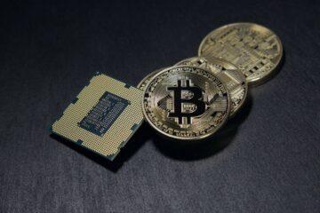 Хакеры начали вымогать Bitcoin с помощью «коронавирусных» трекеров