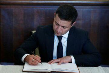 Позичальники vs банки: Зеленський підписав важливий закон