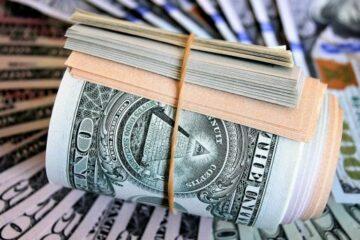 «Не варто купувати валюту за цим курсом»: ТОП-менеджер monobank зробив цікаву заяву