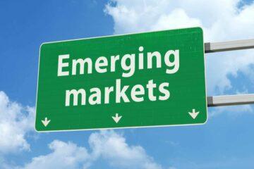 В Renaissance Capital рассказали, валютами каких стран нужно запасаться уже сегодня