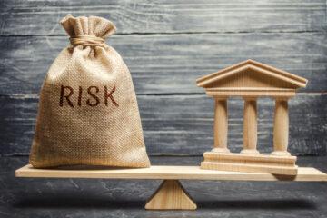 Хочу открыть депозит, но страшно. Можно ли сейчас доверять банковской системе?