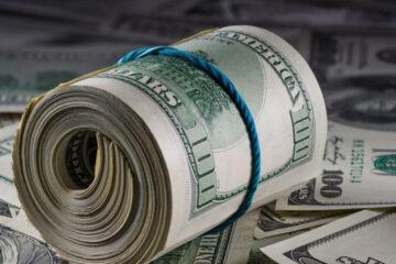Закрытие межбанка: доллар «тяжелеет», евро укрепляется марафонскими темпами