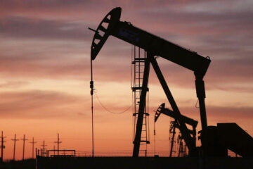 Инвесторы запаниковали: цены на нефть вновь приближаются к отметке $40