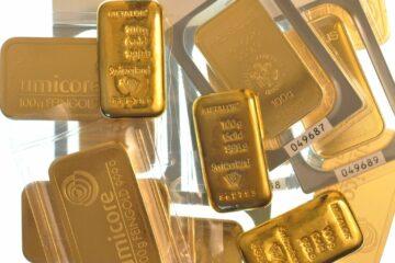 Цены на золото обновили 9-летний максимум и устремились вниз: данные торгов