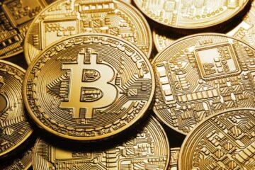 Bitcoin превращается в «цифровое золото» и стремится к отметке в $12 000 – Bloomberg