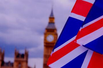 Минус 20,4% за квартал: экономика Великобритании погрузилась в рецессию
