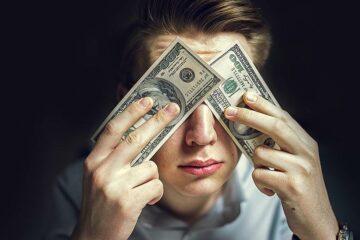 Говорят, мораторий на взыскание жилья по валютным кредитам не вступит в силу. У людей начнут отнимать жилье, или нам не ждать ипотеки?