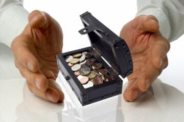 В Украине хотят ввести накопительные пенсии: что это значит для тех, кто сегодня работает