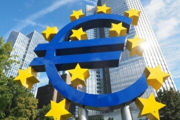 Не так быстро: ЕК изменила прогноз роста экономики еврозоны
