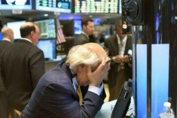 Волл-стріт в «червоній зоні»: індекси США посипалися перед засіданням ФРС